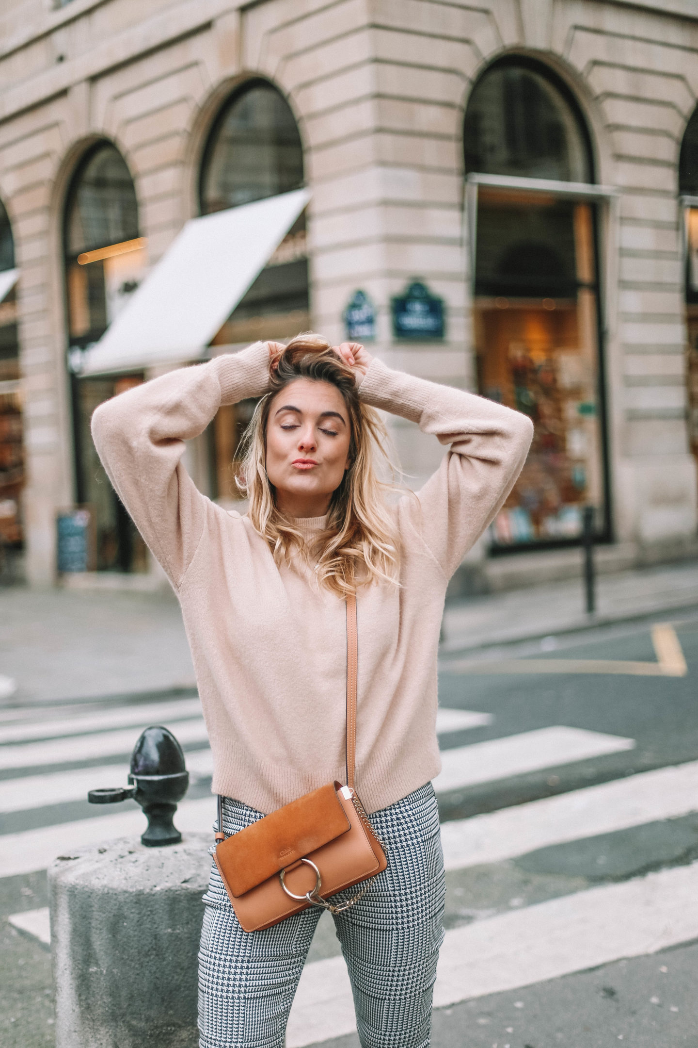 Pull nude - Blondie baby blog mode et voyages