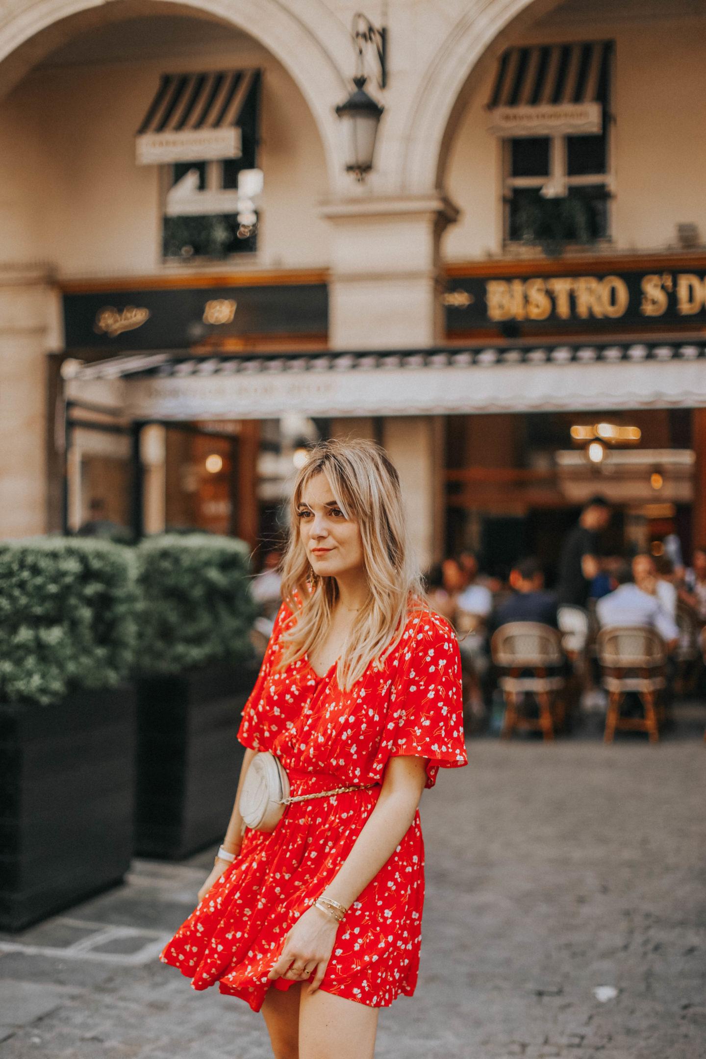 Robe rouge Idano - Blondie Baby blog mode Paris et voyages
