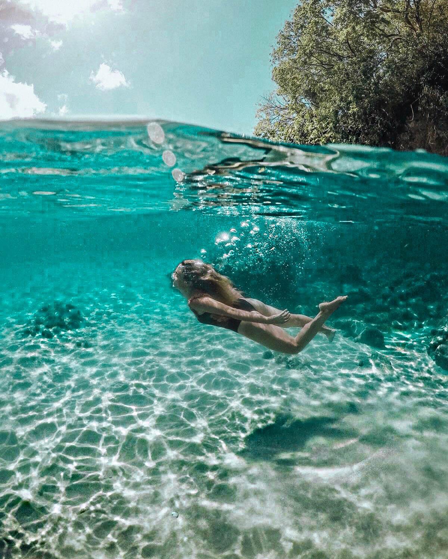 Photo sous l'eau - Blondie Baby blog mode Paris et voyages