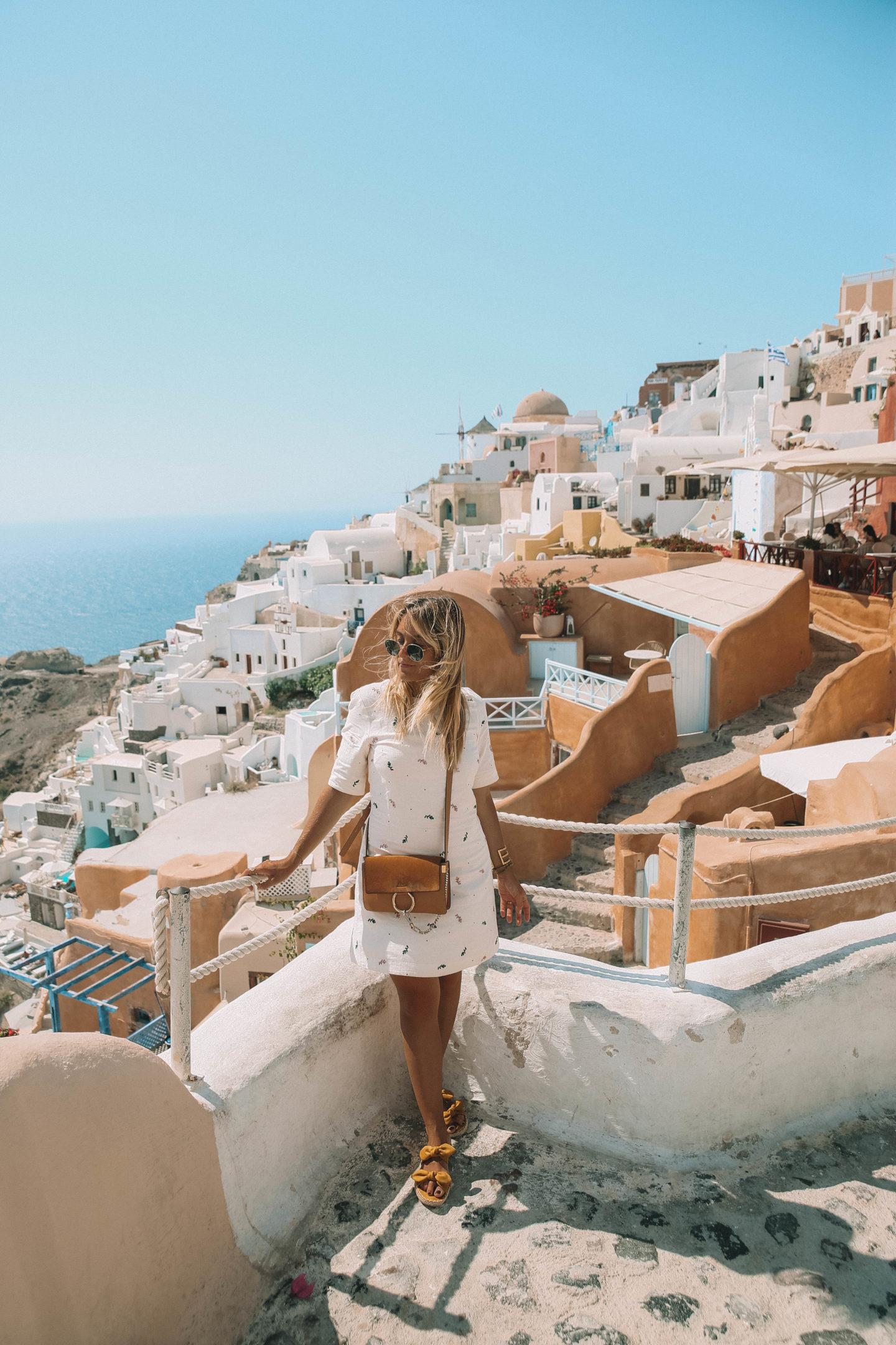 Visiter Santorin - Blondie Baby blog mode et voyages
