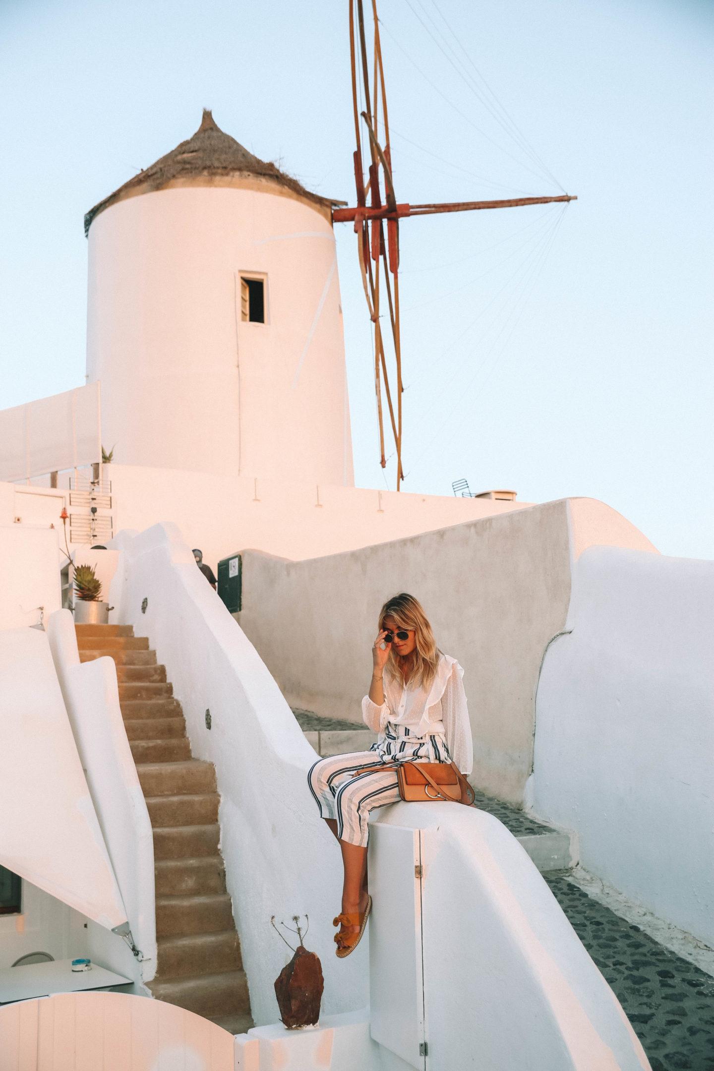 Où voir le coucher de soleil à Santorin - Blondie Baby blog mode et voyages