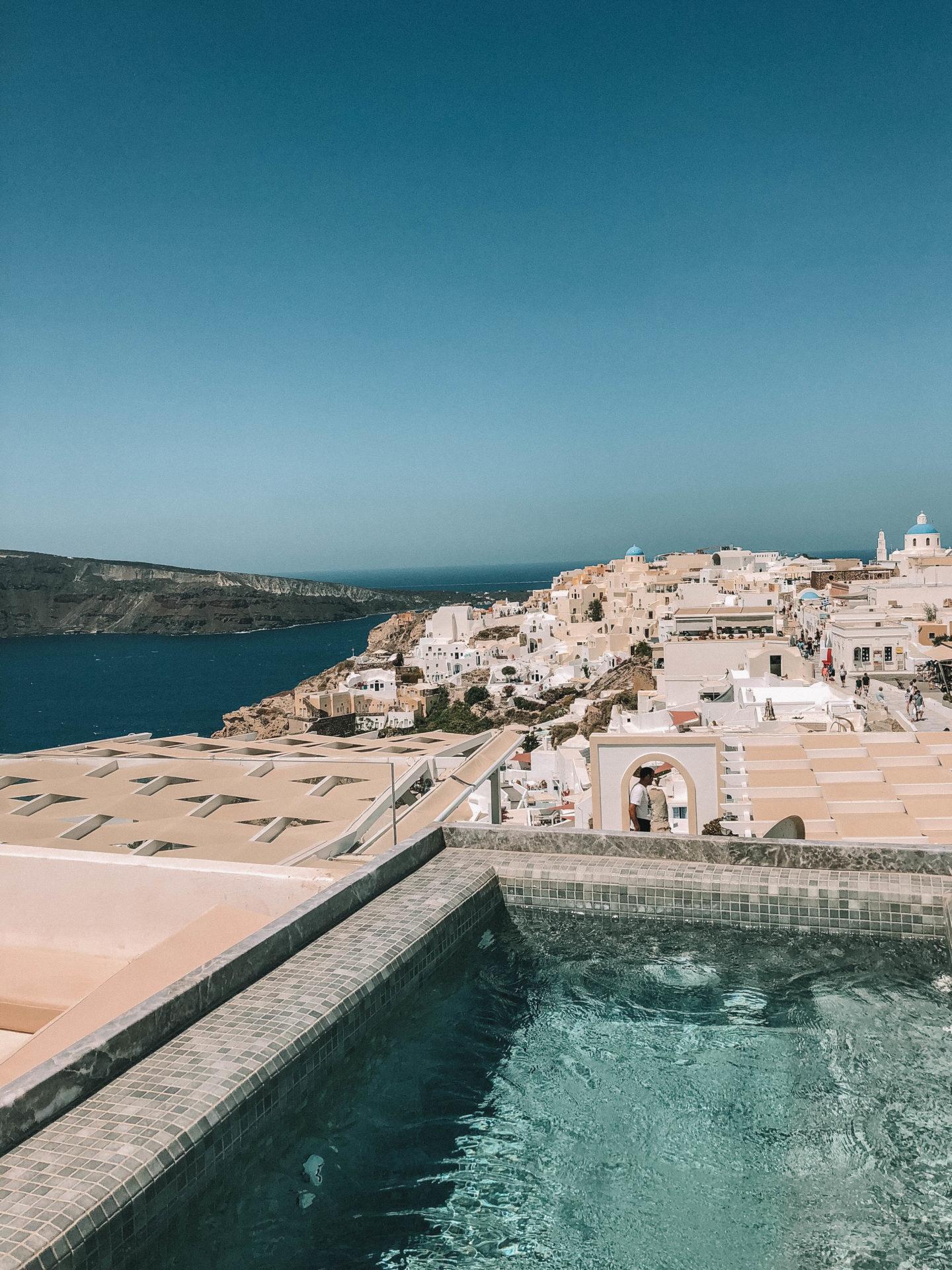 Hotel Enalion Oìa Santorini - Blondie Baby blog mode et voyages