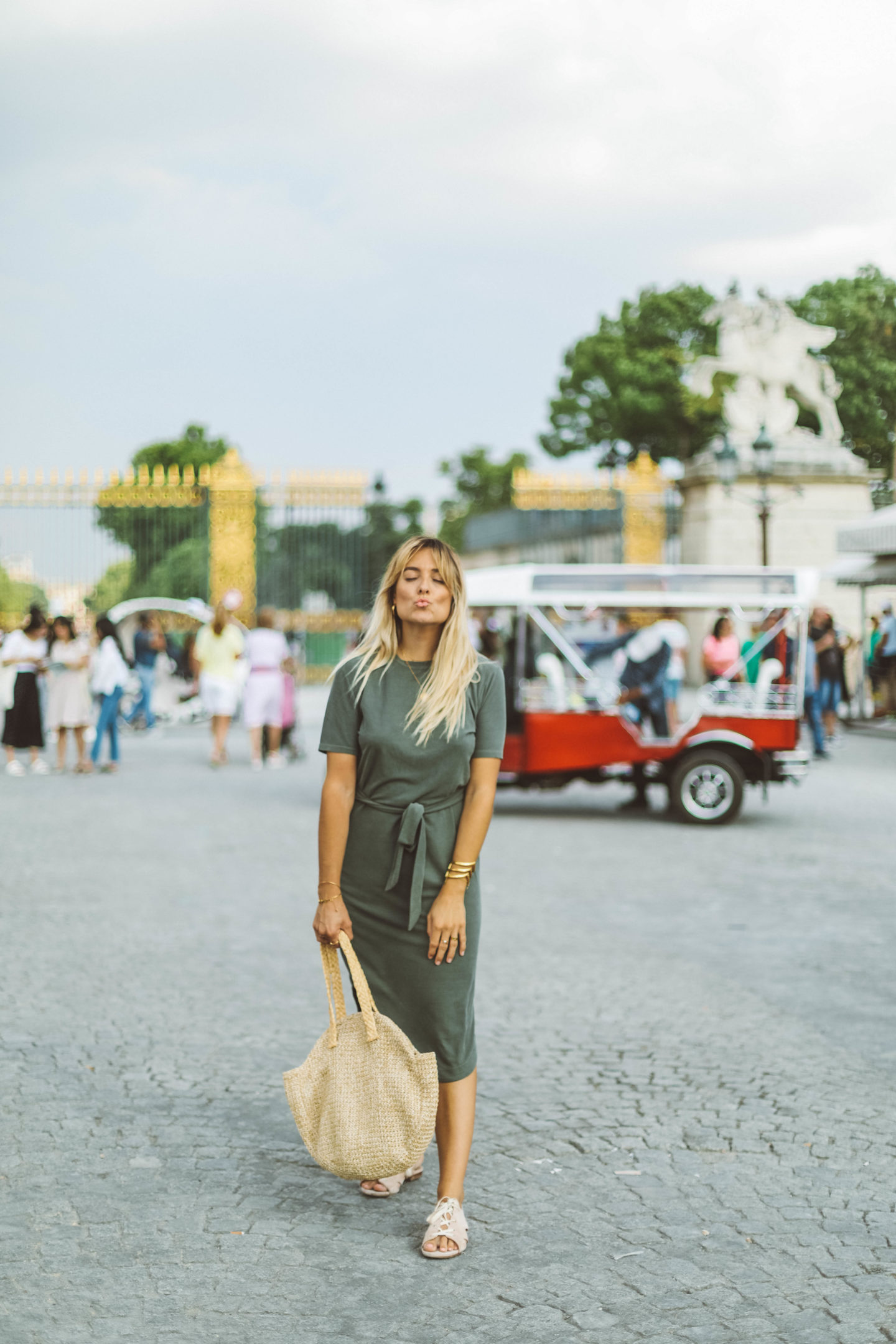 Robe kaki Topshop - Blondie Baby blog mode Paris et voyages
