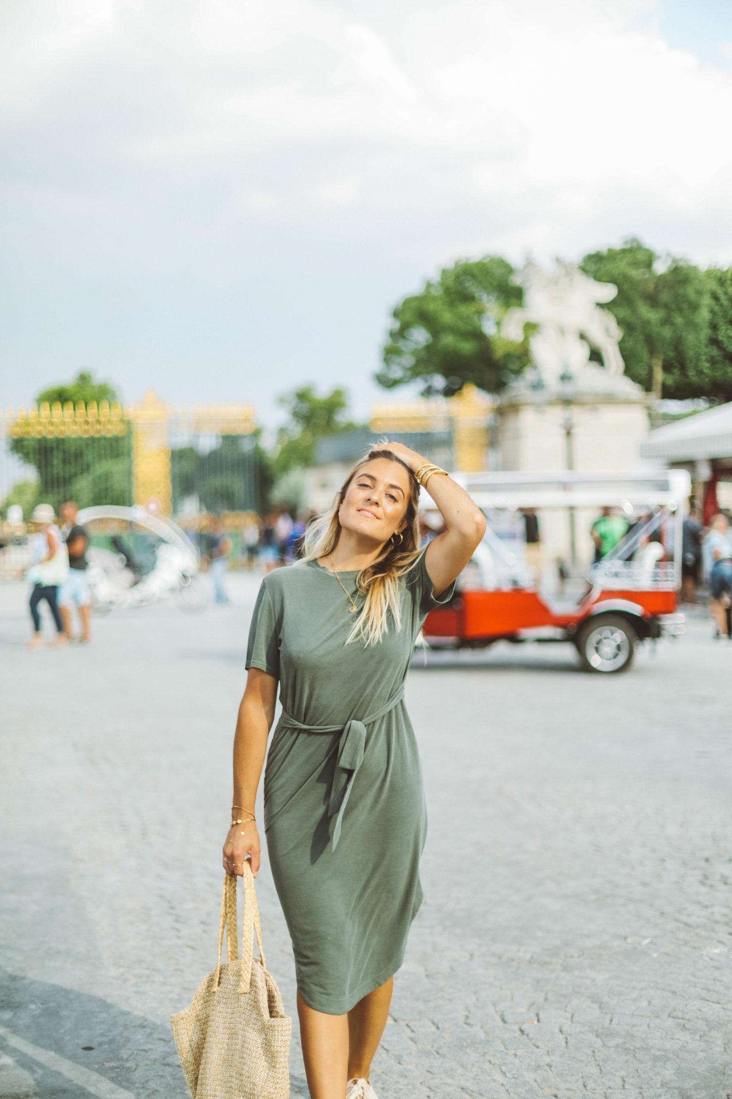 Robe ceinturée - Blondie Baby blog mode Paris et voyages