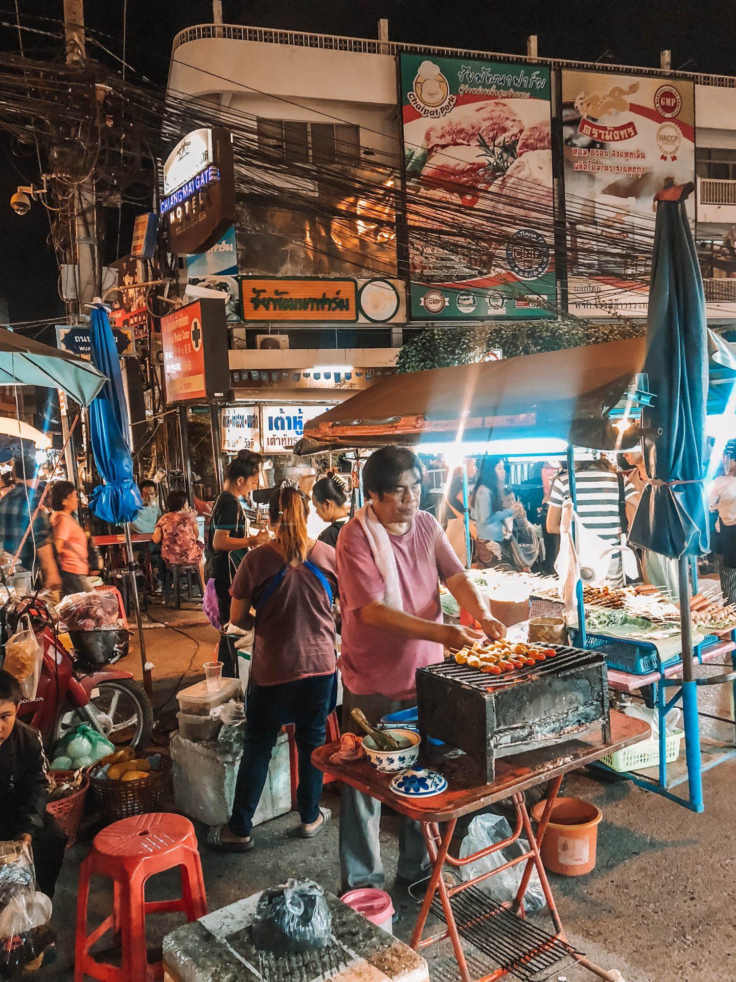 Marché de nuit Chiang Mai - Blondie Baby blog mode et voyages