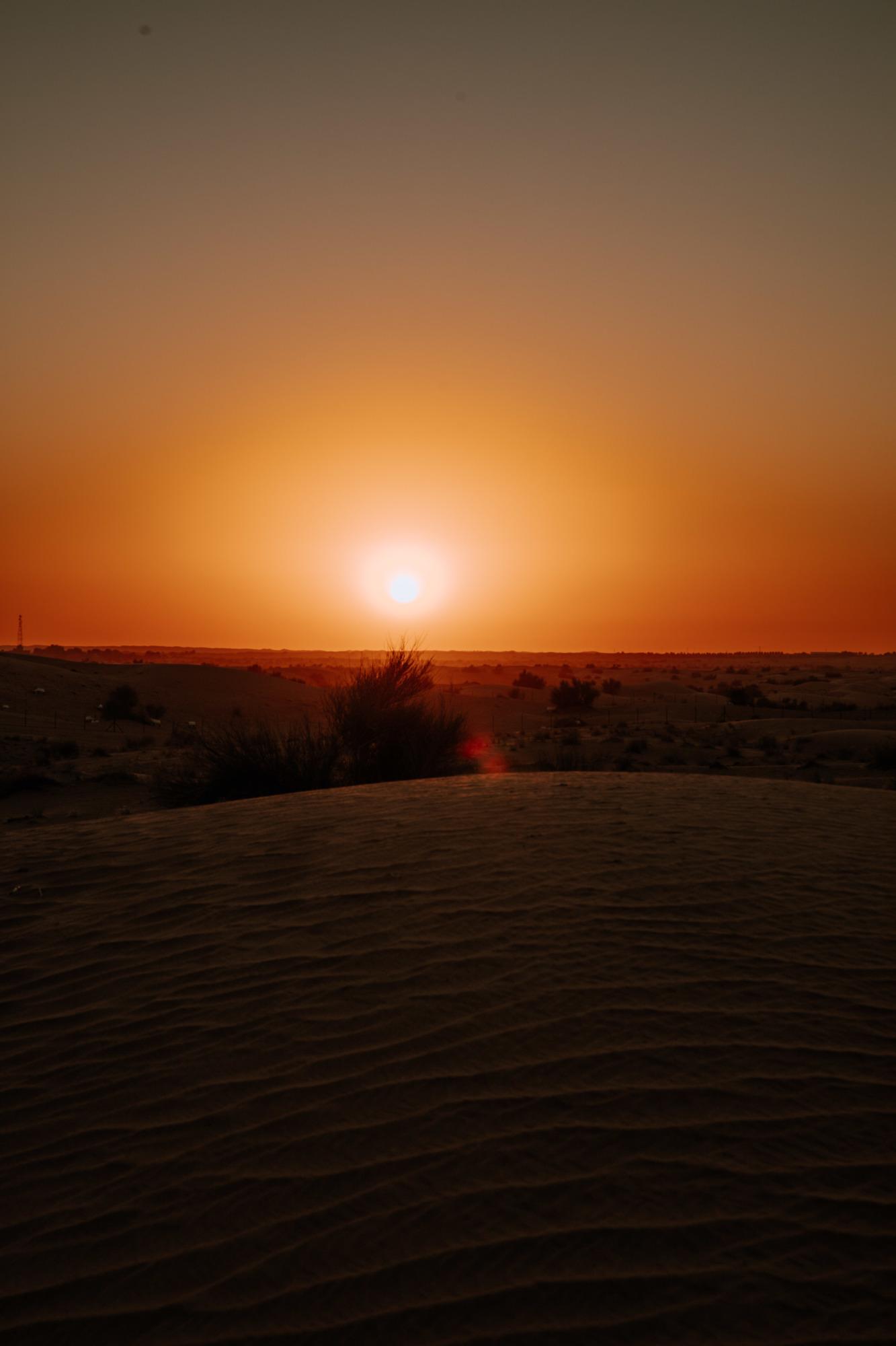 Sunset desert Dubaï - Blondie Baby blog voyages