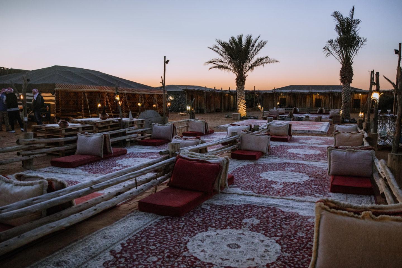 Dîner dans le désert Dubaï - Blondie Baby blog voyages