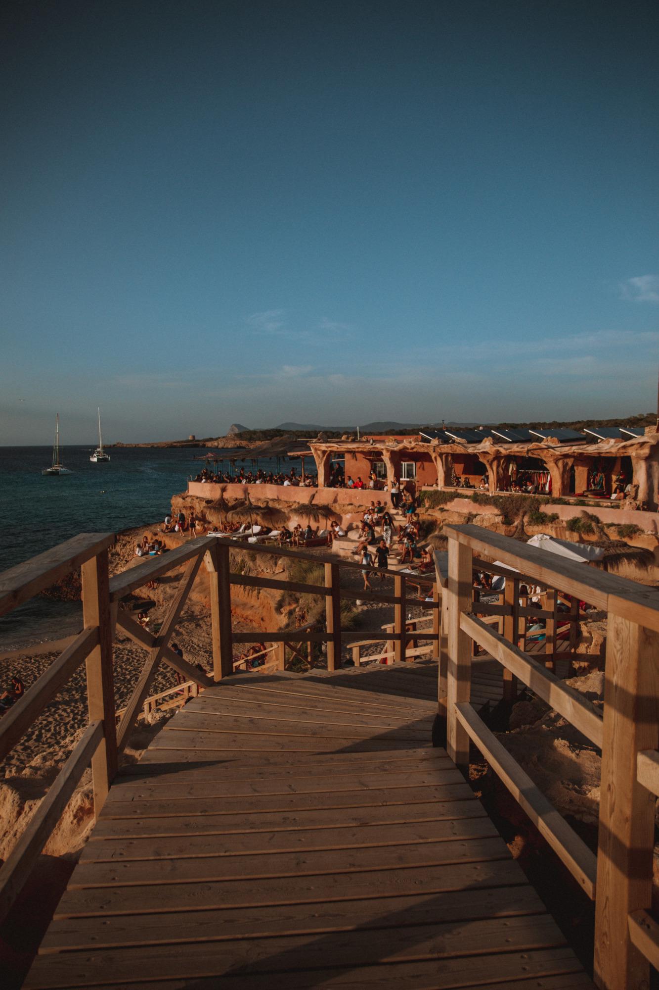 Sunset Ashram Ibiza - Blondie Baby blog voyages