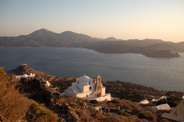 Où voir le coucher de soleil à Milos - Blondie Baby blog voyage