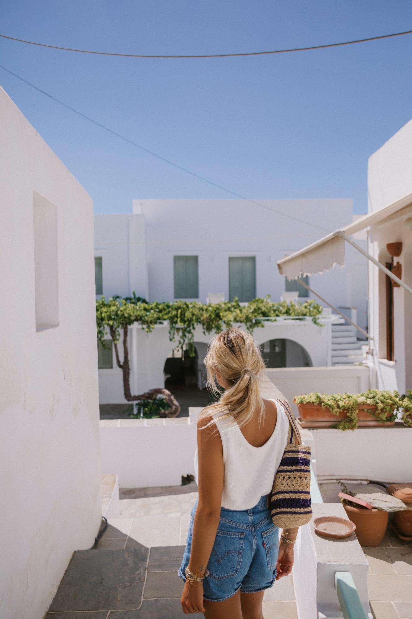 Visiter Artemonas Sifnos - Blondie Baby blog voyages
