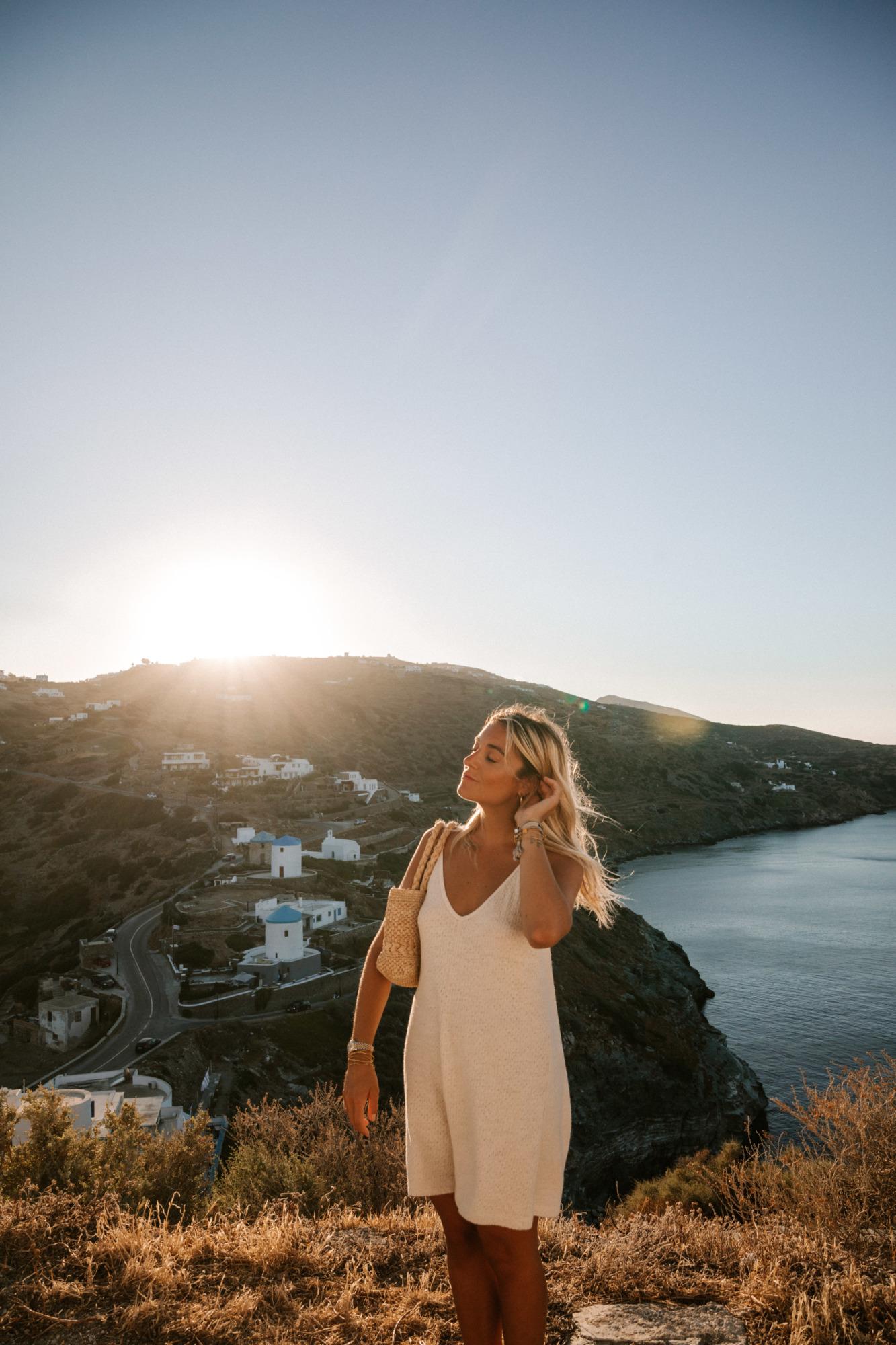 Visiter Kastro Sifnos Grèce - Blondie Baby blog voyages