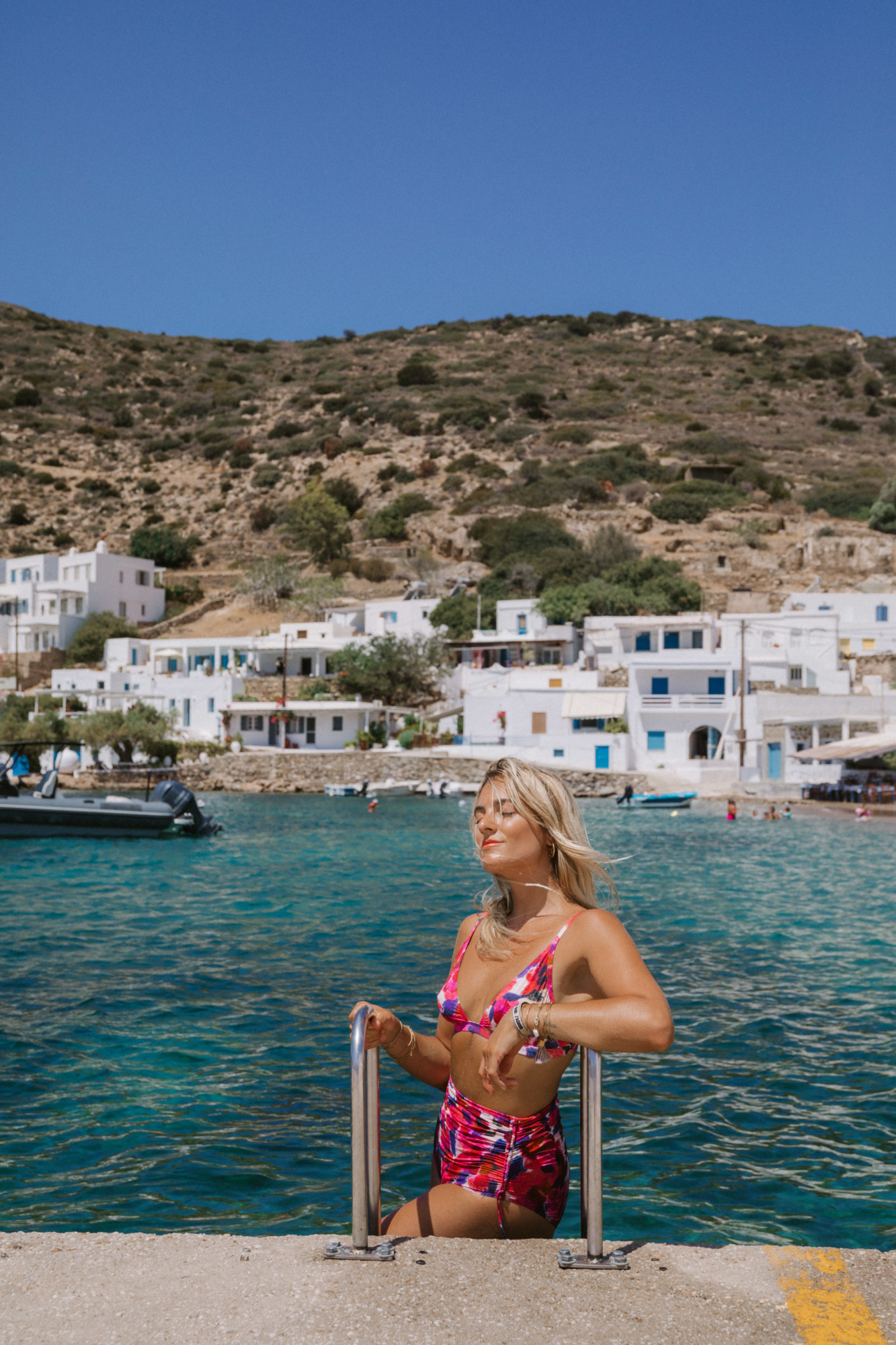 Visiter Vathi Sifnos - Blondie Baby blog voyages